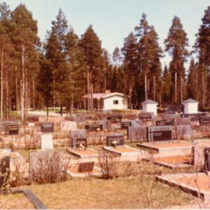 Hautausmaan rakennuksia